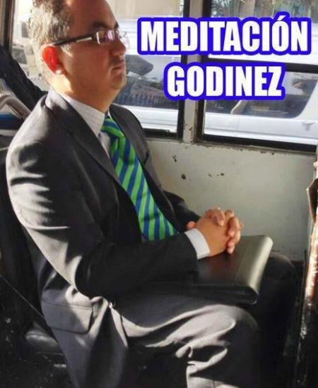 godinez-memes12